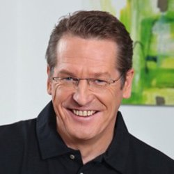 Dr. Harald Hoppe