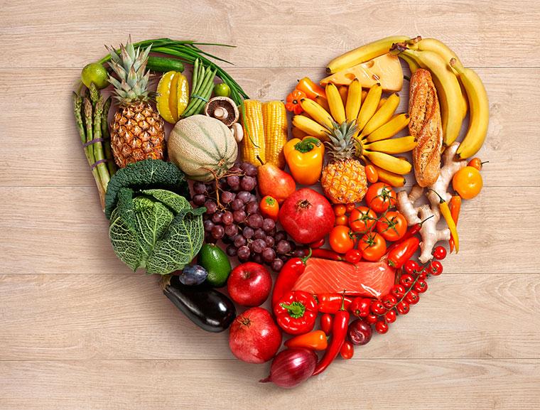 Obst und Gemuese braucht der Koerper
