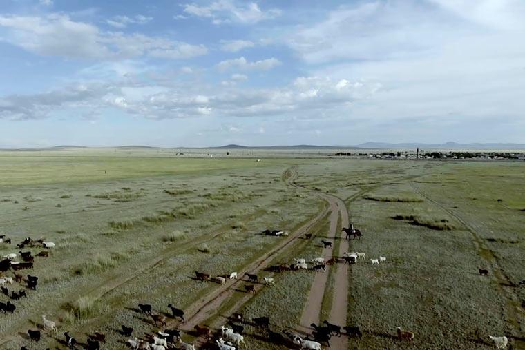 Das Dorf Znameka, in der gefa?hrlichsten Zone des Polygon