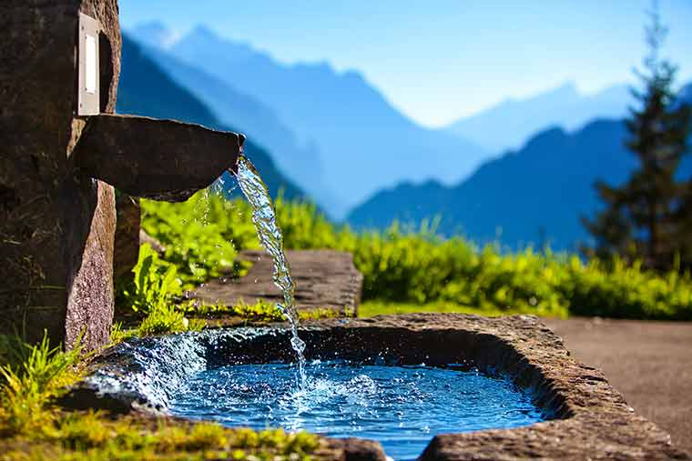 Sauberes Wasser - bald im privatem Besitz?