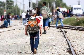 So hängen Globalisierung und Migration zusammen