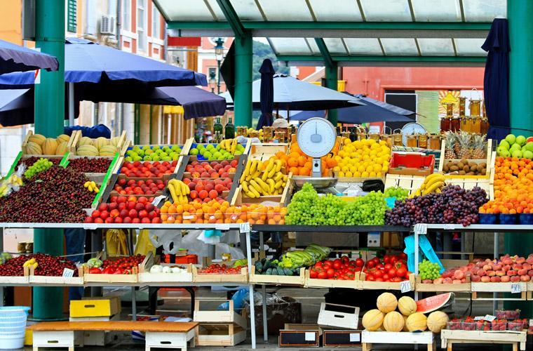Gemüse und Obst plastikfrei verpackt