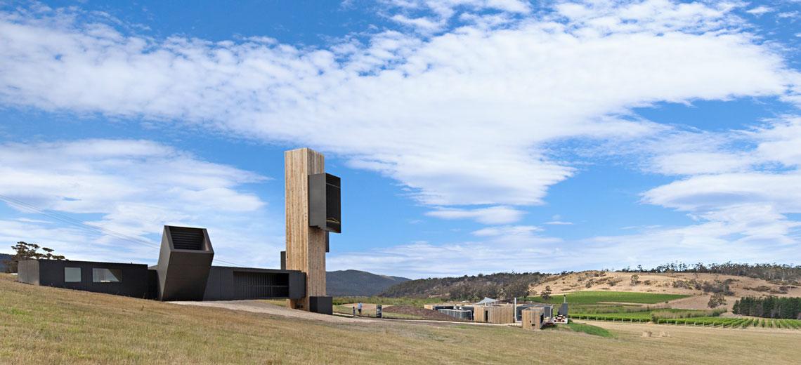 Teuflischer Wein und nachhaltige Architektur