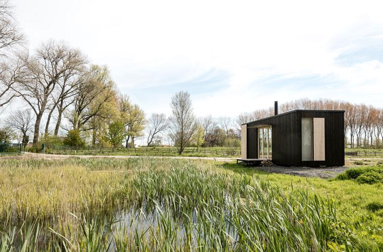 Mobile architektur luxus camping ark shelter minimal und for Minimalistisch leben kleidung