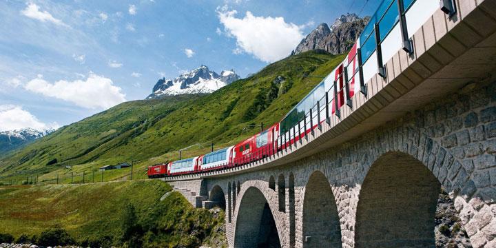 Atemberaubende Zugreisen durch die Schweizer Alpen