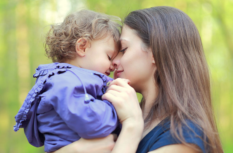 Beziehung zwischen Mutter und Kind stärken