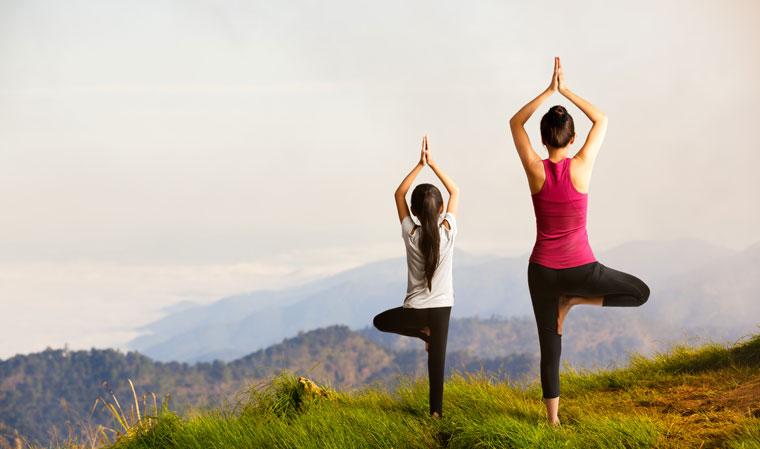 Stärkung Eltern Kind Beziehung Natur und Yoga