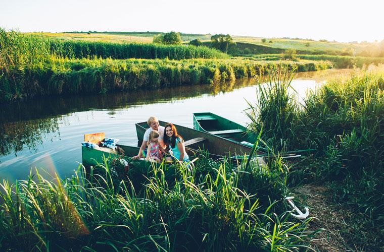 Familien Ausflug in die Natur Zusammensein