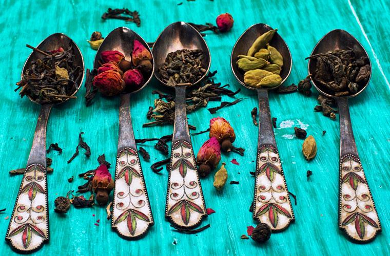 Auswahl verschiedener Teesorten
