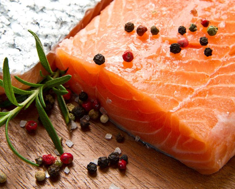 Fisch enthält viel Omega 3 Fettsäuren, Herz, Gehirn, Auge
