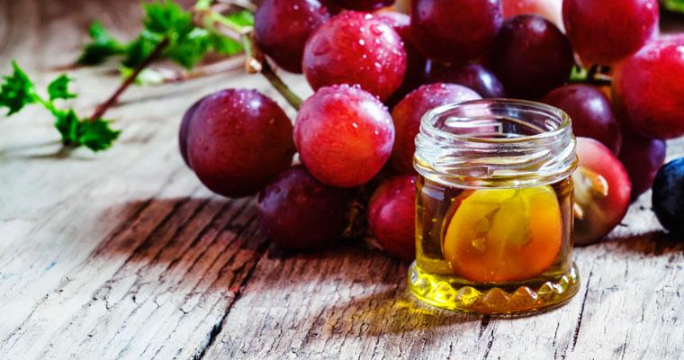 ätherische Öle für die Sommerbrise im eigenen Haus