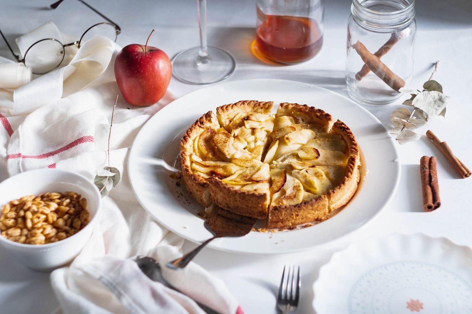 Köstlicher Apfelkuchen nach Großmutters Rezept: saftig und luftig