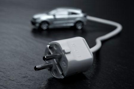 Damit sich mehr Leute ein Elektroauto kaufen, werden steuerliche Vergünstigungen ausgeweitet.