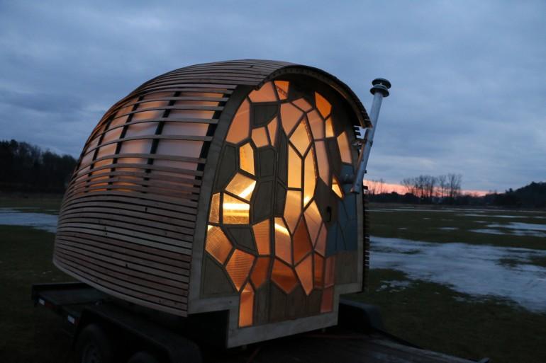 Fertighaus mobiles minihaus otis kologisches design for Transportables haus holz