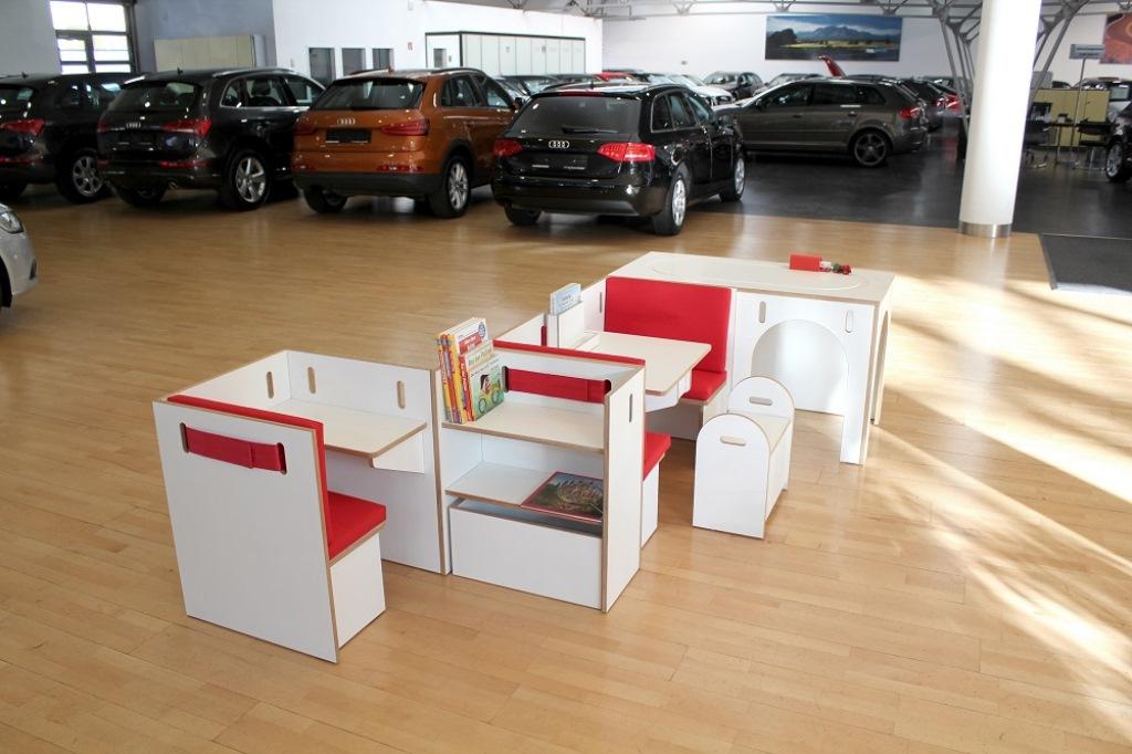ecosign nachhaltiges design studium in k ln verleiht froschk nig cinenova froschk nig. Black Bedroom Furniture Sets. Home Design Ideas