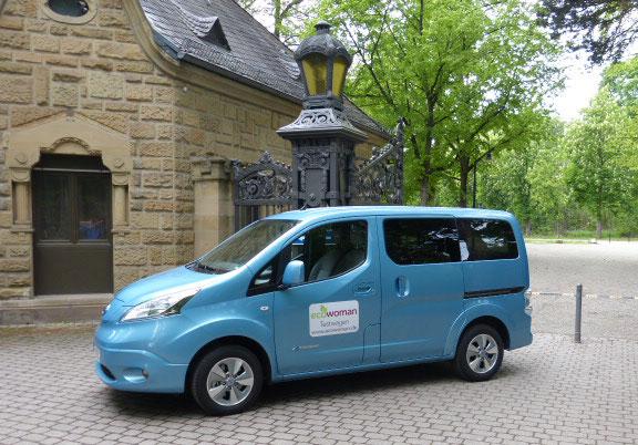 Ecowoman Testmobil der Nissan e-NV 200