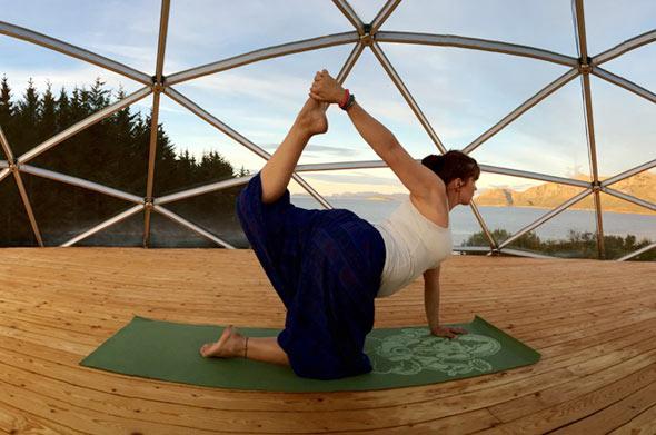 Beim Yoga findet Ingrid Ruhe und Inspiration