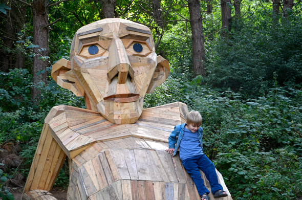 Six forgotten Giants von Thomas Dambo - 6 Giganten aus Altholz