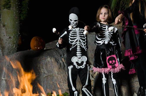 Alternative zum selbstgemachten Skelett Kostüm: Skelett Anzug zum Kaufen