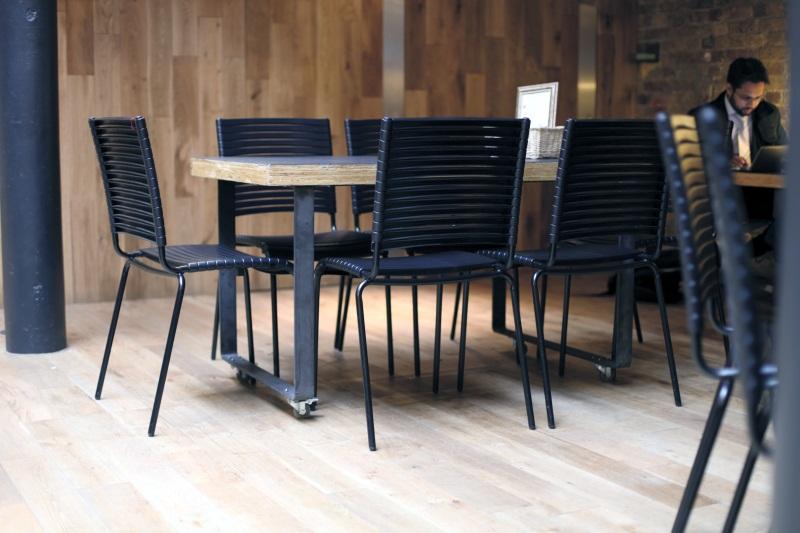 Für Das Lange Meeting Oder Gemütliche Abende Mit Freunden. Entdeckt Auf  Www.interiorpark.com, Spezialist Für Nachhaltige Designmöbel (c) Pli Design