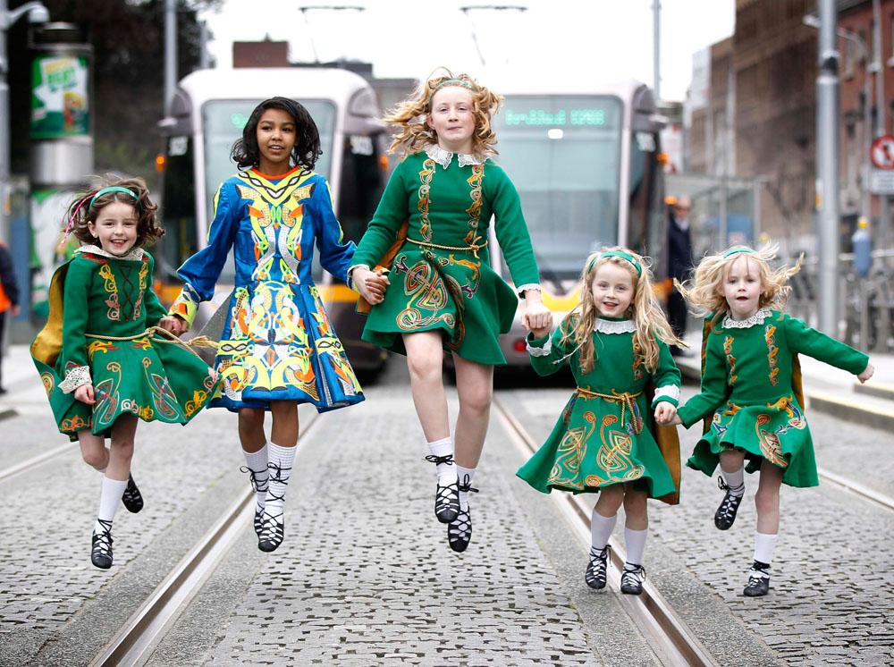 Irischer nationalfeiertag parade in m nchen - St patricks giorno fogli di colore giorno ...