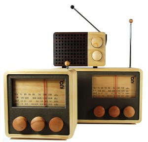 fairer handel design holz radio im retro look. Black Bedroom Furniture Sets. Home Design Ideas