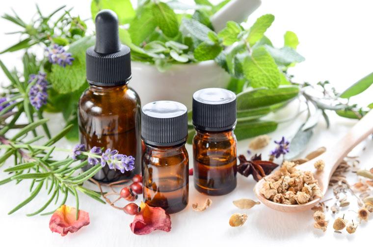 Ätherische Öle und ihre Wirkung: 20 beliebte Düfte für Ihren eigenen Raumduft