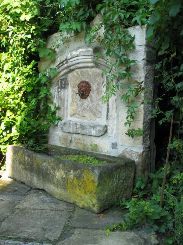 Historische Baustoffe: Trend für Heim und Garten