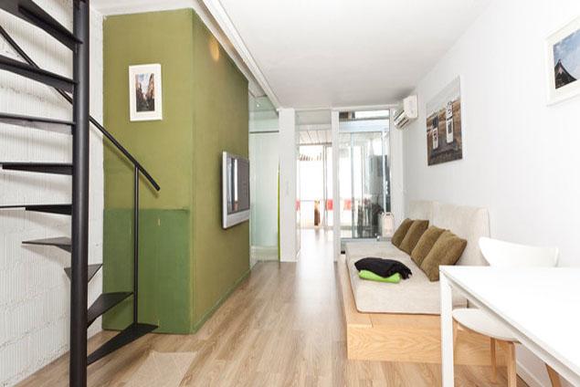 Die Wohnung ist aufgeteilt in zwei Stockwerke © Balbina & Miquel Angels