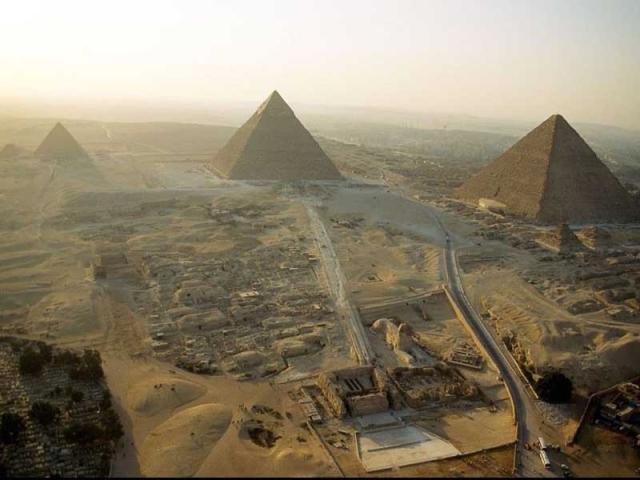 Cheops Pyramide: Luis de Garrido baut nachhaltiges Museum für Menschheitsgeschichte