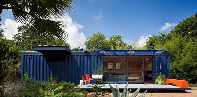Nachhaltige Architektur: Wie ein Frachtcontainer zum umweltfreundlichen Ferienhaus wird
