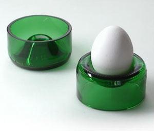 Nachhaltige Geschenkidee: Eierbecher aus Altglas