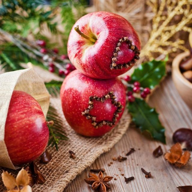 Dekorieren im herbst mit materialien aus der natur - Herbstdeko fur den tisch ...
