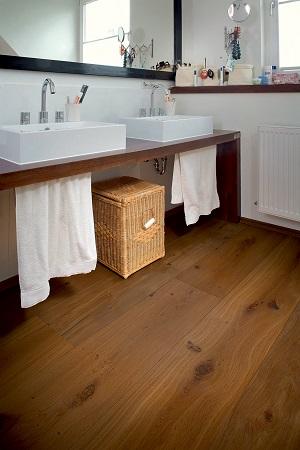 Holzböden in Küche und Bad die besten Tipps