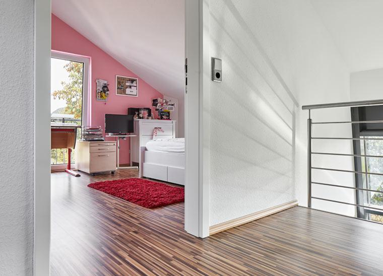 schadstofffreie raufasertapete gesund wohnen mit schadstofffreien tapeten. Black Bedroom Furniture Sets. Home Design Ideas