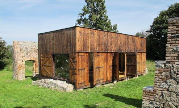 Stilvolles Recycling-Haus: Romantisch, umweltfreundlich und autark