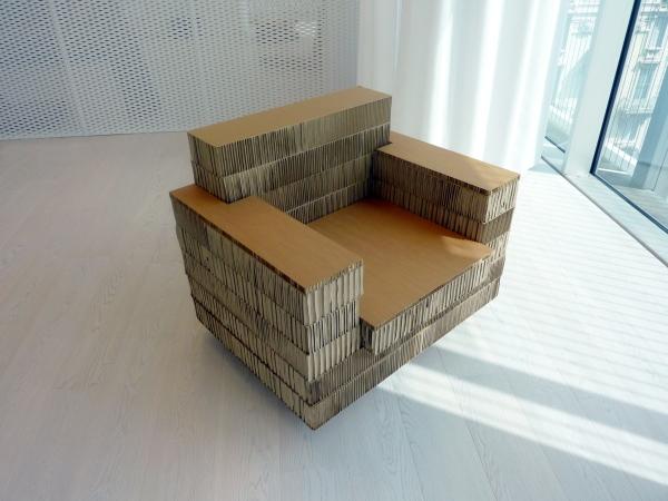 recycling m bel a4adesign stellt design m bel aus pappe her. Black Bedroom Furniture Sets. Home Design Ideas