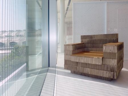 Recycling-Möbel: A4Adesign stellt Design-Möbel aus Pappe her