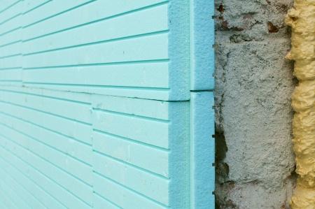 Schwarze Zukunft mit Fassadendämmung aus Styropor?
