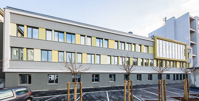 Das sanierte Bürogebäude in der Rheinstraße ist Sieger der Kategorie Bürogebäude und Sanierungsprojekt  © planungsgruppeDREI Foto: M