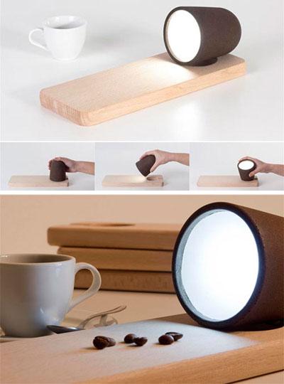 Die Lampe Koji ebenfalls von Raúl Lauri ©decafé