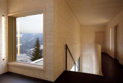 Das Treppenhaus im Refugio Laudegg