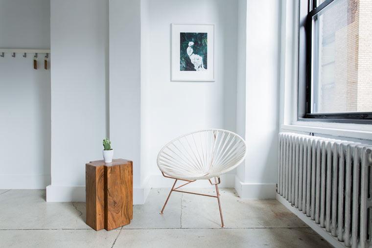 minimalistisch wohnen wohnung ausmisten und aufr umen mit diesen tipps. Black Bedroom Furniture Sets. Home Design Ideas