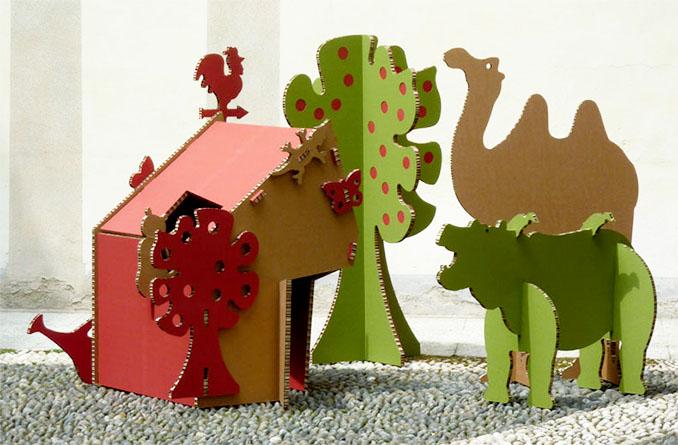 Stabile Spielsachen für Kinder. Aus recycelter Pappe. Umweltfreundlich und leicht © A4ADesign.it