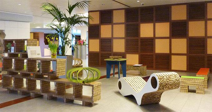 Eine Hotelloung komplett aus Pappe © A4ADesign.it