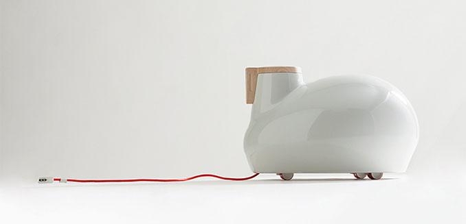 Sieht aus wie ein Staubsauger ohne Schlauch, ist aber in Wirklichkeit ein süßer Radiator. Leise und energieeffizient © Satyendra Pakhalé