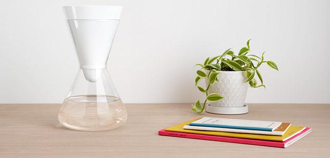 Formschön und funktional - Der Wasserfilter von © SOMA