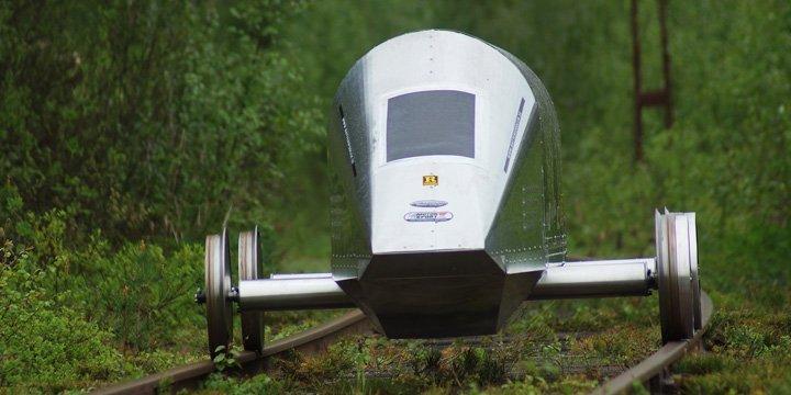 Energiesparendes Schienen-Fahrzeug von jungem Team