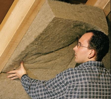 Die Hanf-Pfanzenfasern: vom nachhaltigen Dämmstoff bis High-Tech-Material