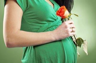 Frauen setzen weltweit ein Zeichen gegen Gewalt in der Geburtenhilfe